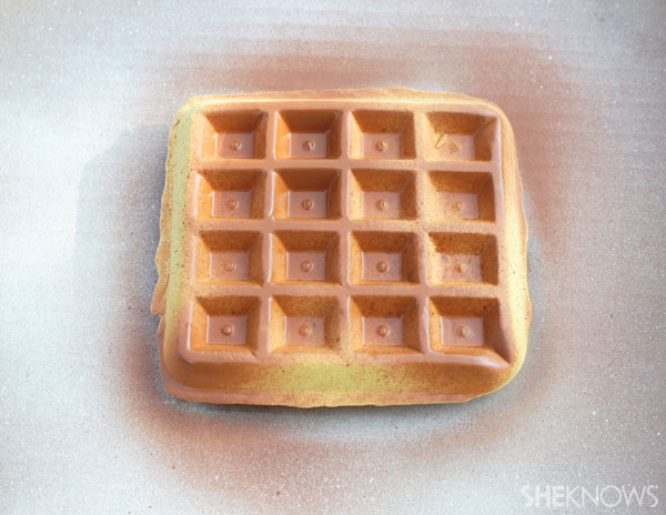 make it look like a cooked waffle.