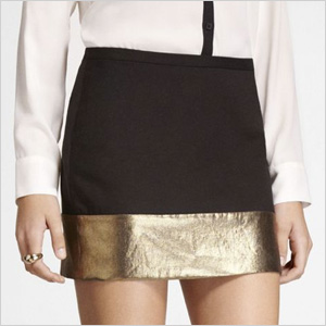 Mini skirt with express