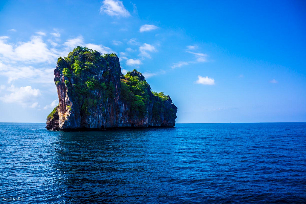 Where to Travel Based on Your Zodiac: Leo - Phuket, Thailand