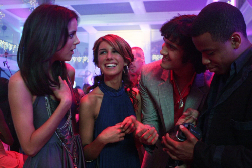 The Pit returns on the CW's 90210