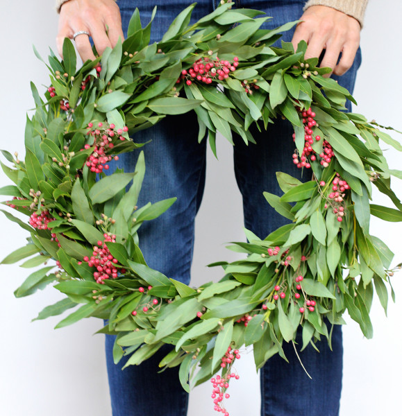 7 DIY holiday wreaths that look gorgeous the whole season – SheKnows