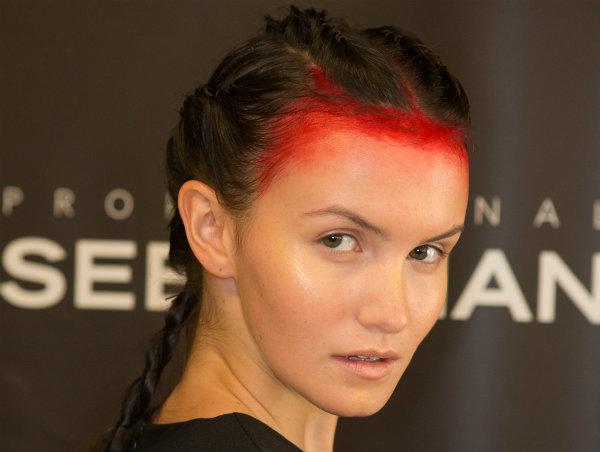 Anastasia Lomonova show