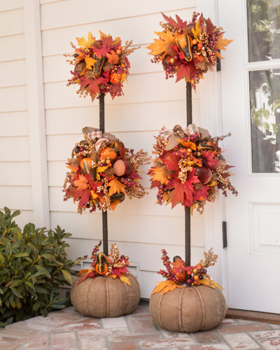 Outside Fall Decorations: 15 Outdoor Decorations To Transform Your Yard For Fall