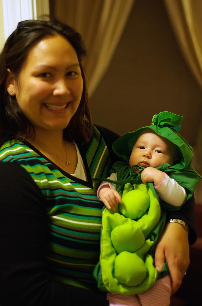 Pea pod baby costume