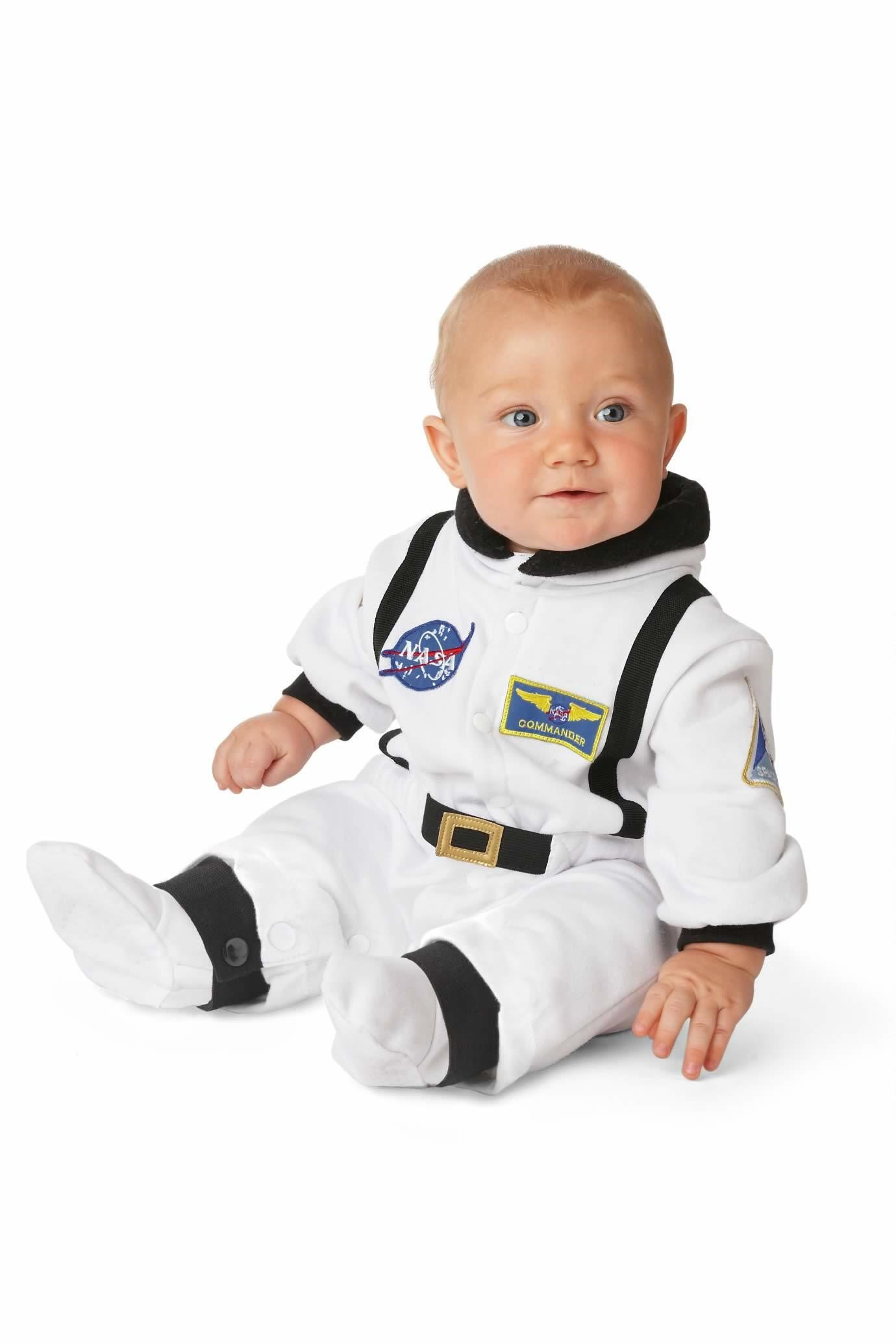 Cute Halloween costumes for babies: Baby Astronaut