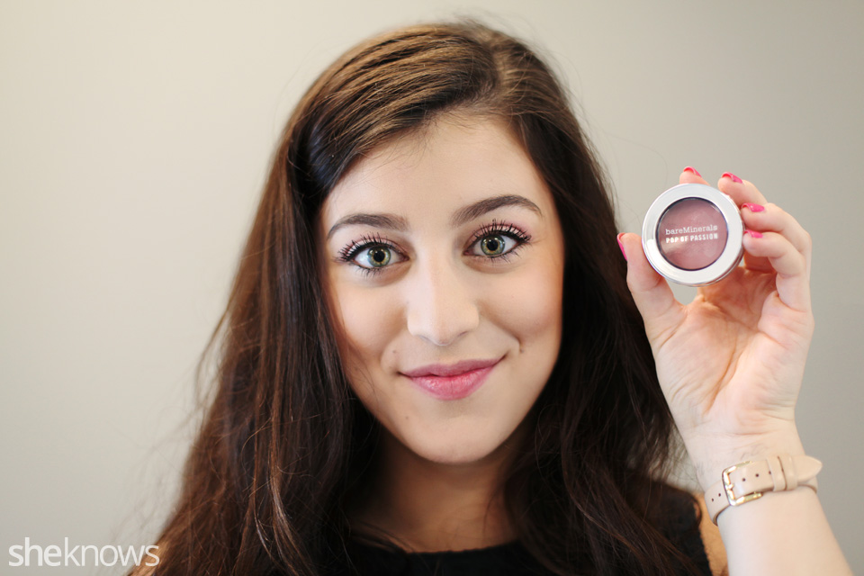 How To Use Blush As Eyeshadow For A Simpler Makeup Routine Photos