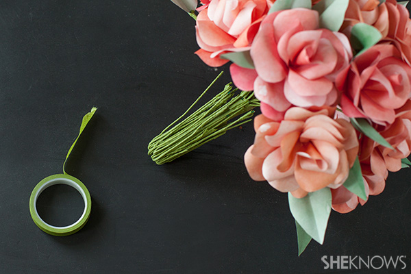 Folded floral wires