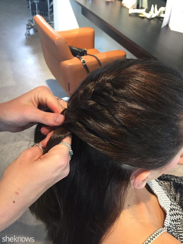 How to do a French braid: Step 5