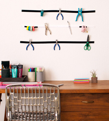Keep your favorite DIY tools in reach with a velcro wall organizer.