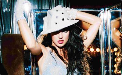 Britney's a Womanizer