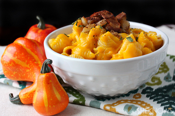 Butternut squash mac 'n cheese with bacon and carmelized onions
