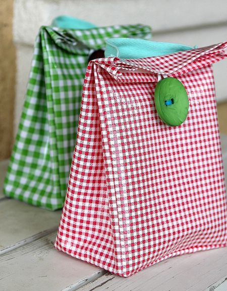 Canvas patterned lunch bags