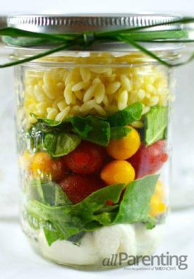 CAprese mason jar salad