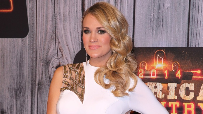Carrie Underwood's bikini selfie reveals how