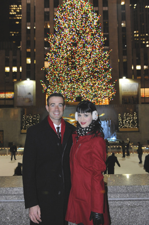 Carson Daly welcomes Katy Perry for New Year's 2009