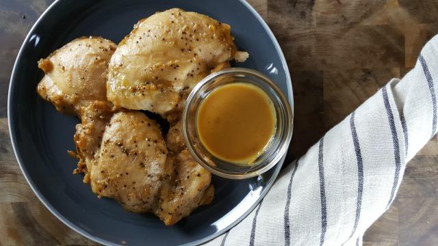 Chicken in a spicy peanut sauce