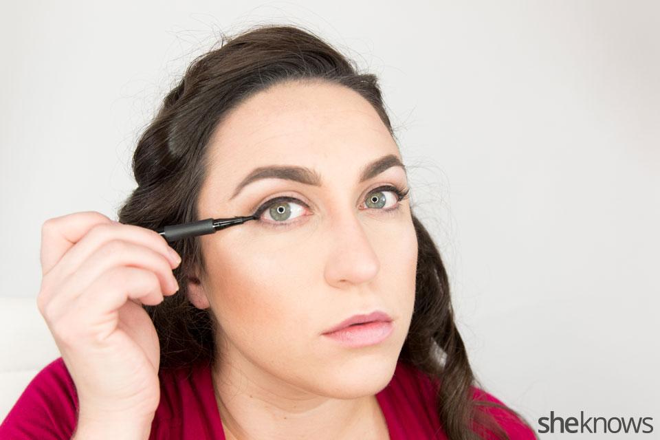 Classic Wonder Woman makeup tutorial: Step 5