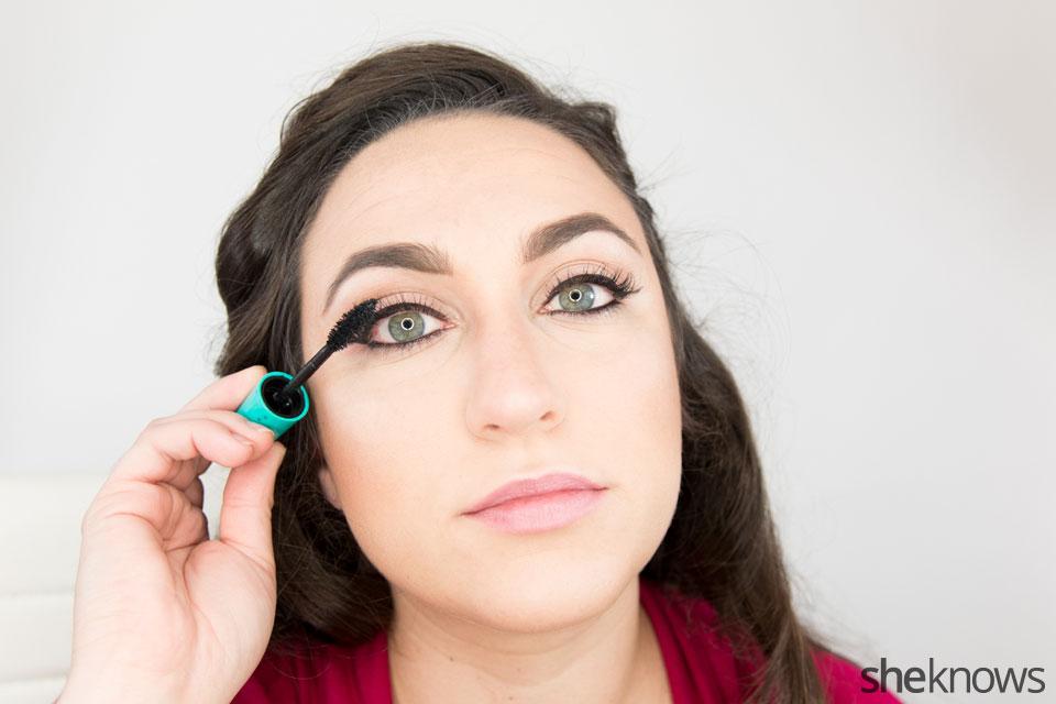 Classic Wonder Woman makeup tutorial: Step 7