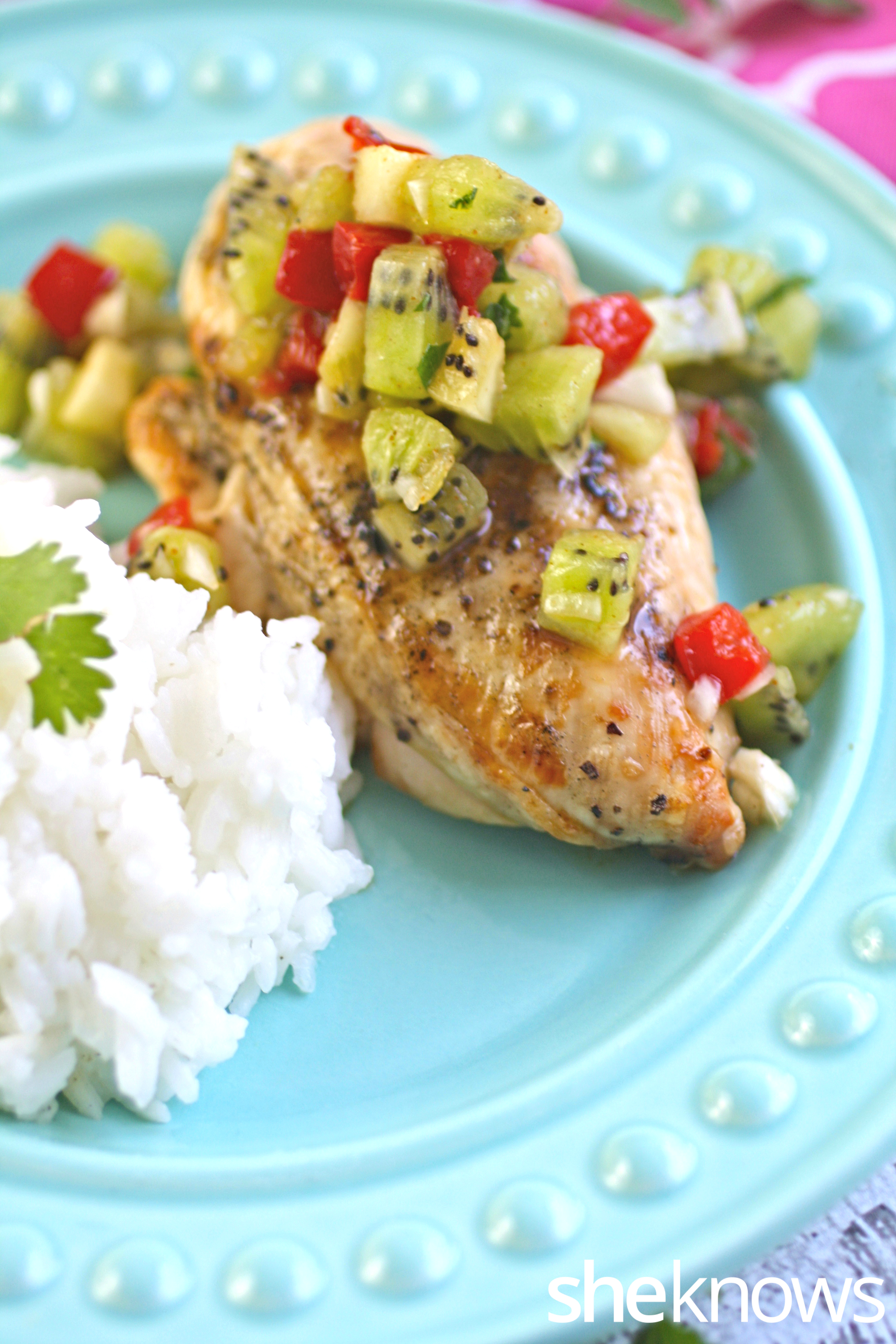 Coconut-rice-grilled-chicken-kiwi-salsa
