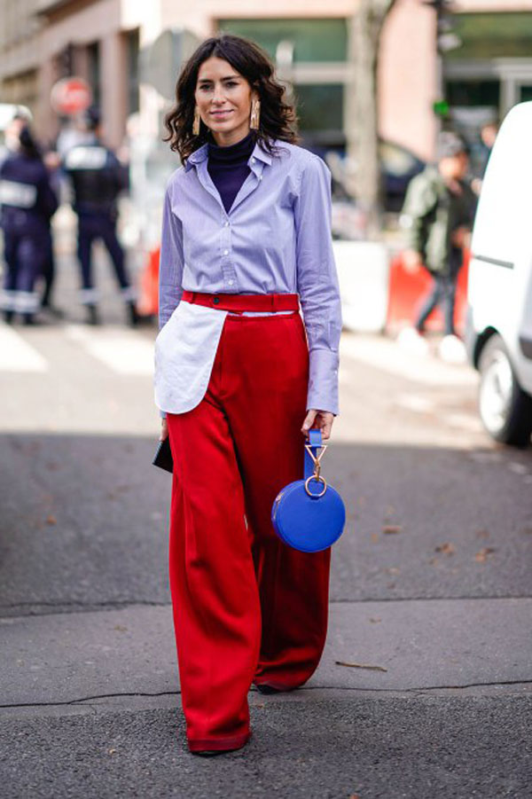 Other Clashing Colors: Blue top with bright red slacks