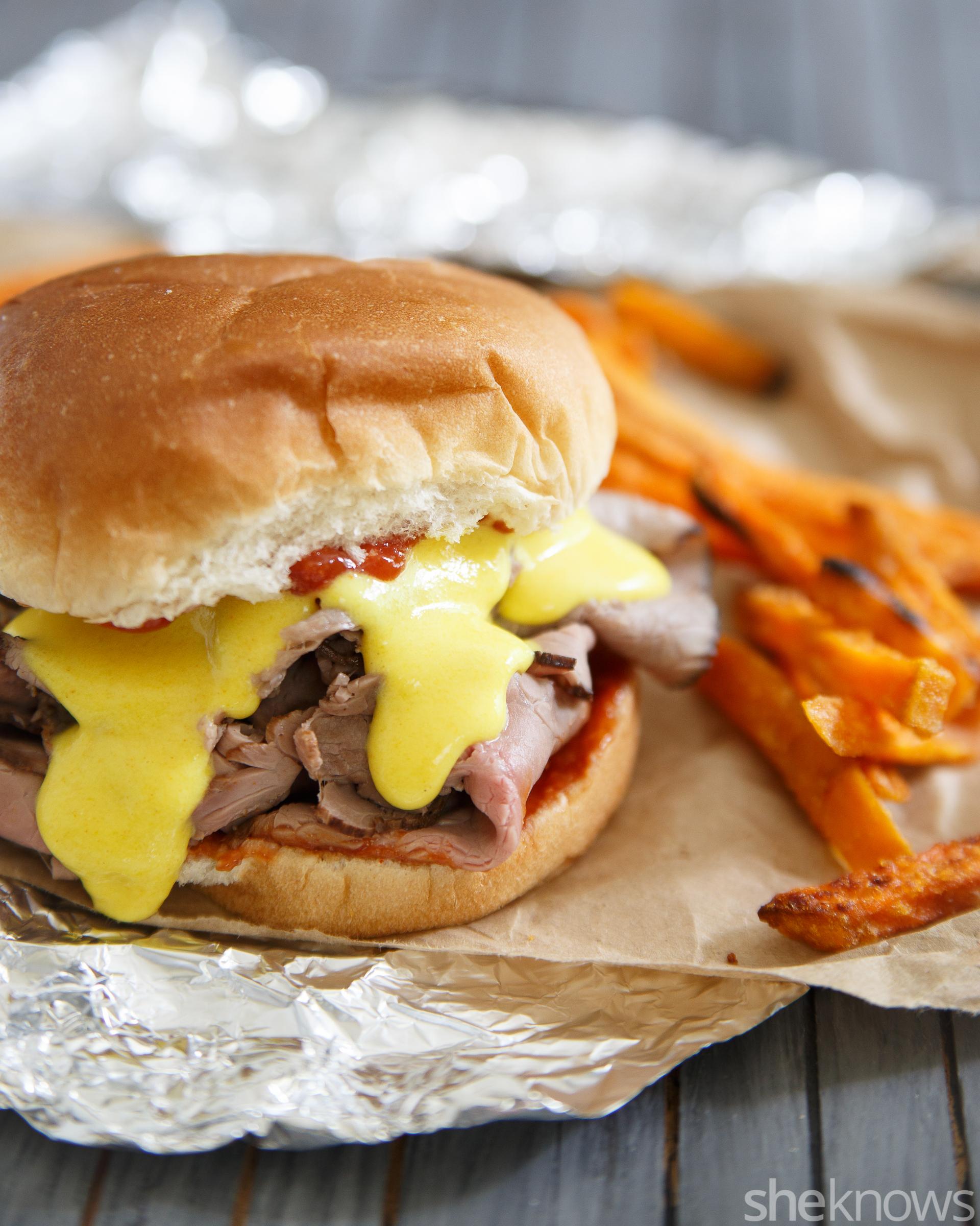 Arby's Roast Beef Cheddar Sandwich