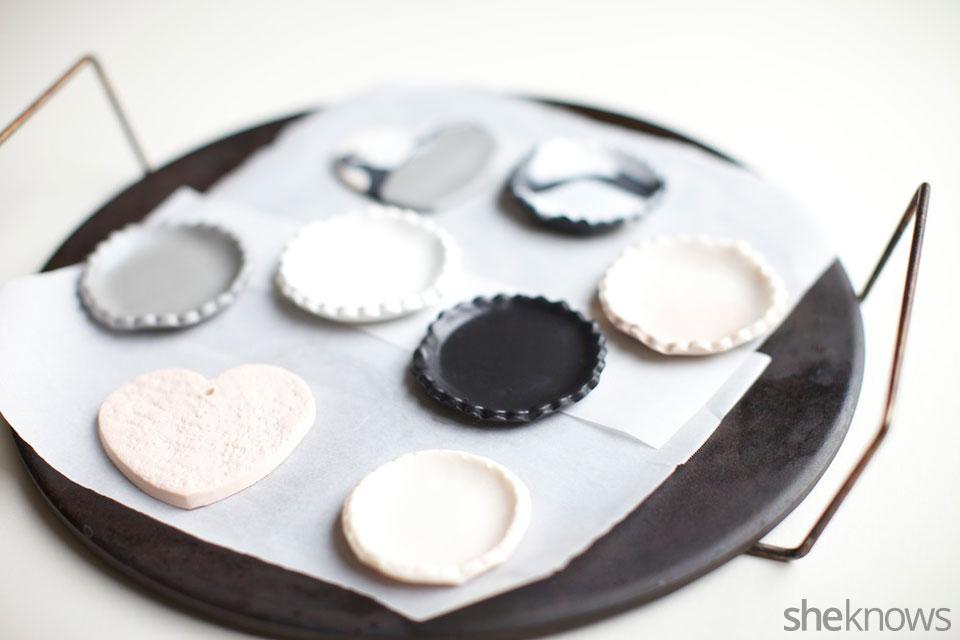 Mini DIY jewelry holders: Step 6