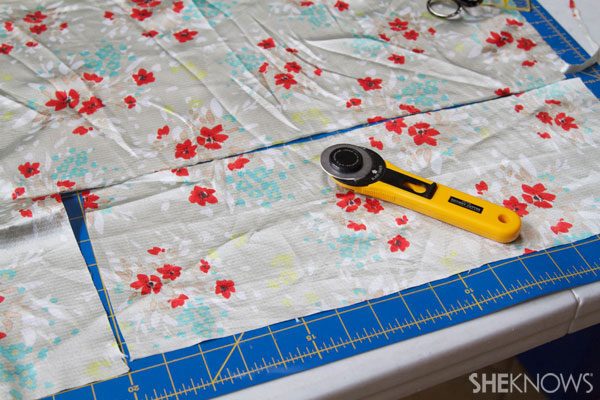 DIY fabric headband: Cut one rectangle size