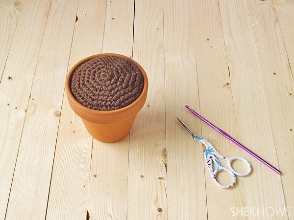 four-leafed crocheted clover: Soil