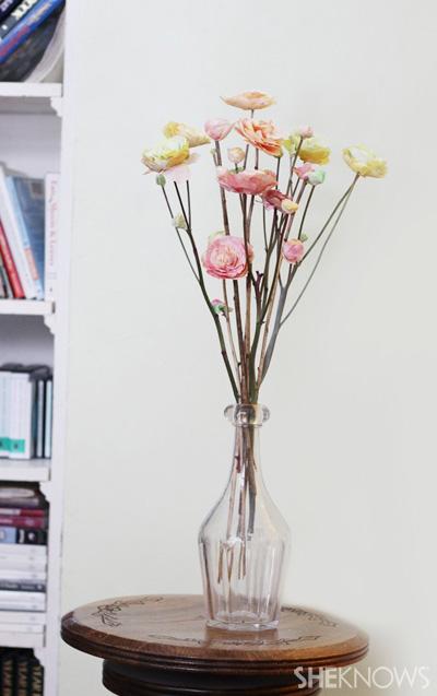 DIY Ranunculus flowers: Add stems & Enjoy!