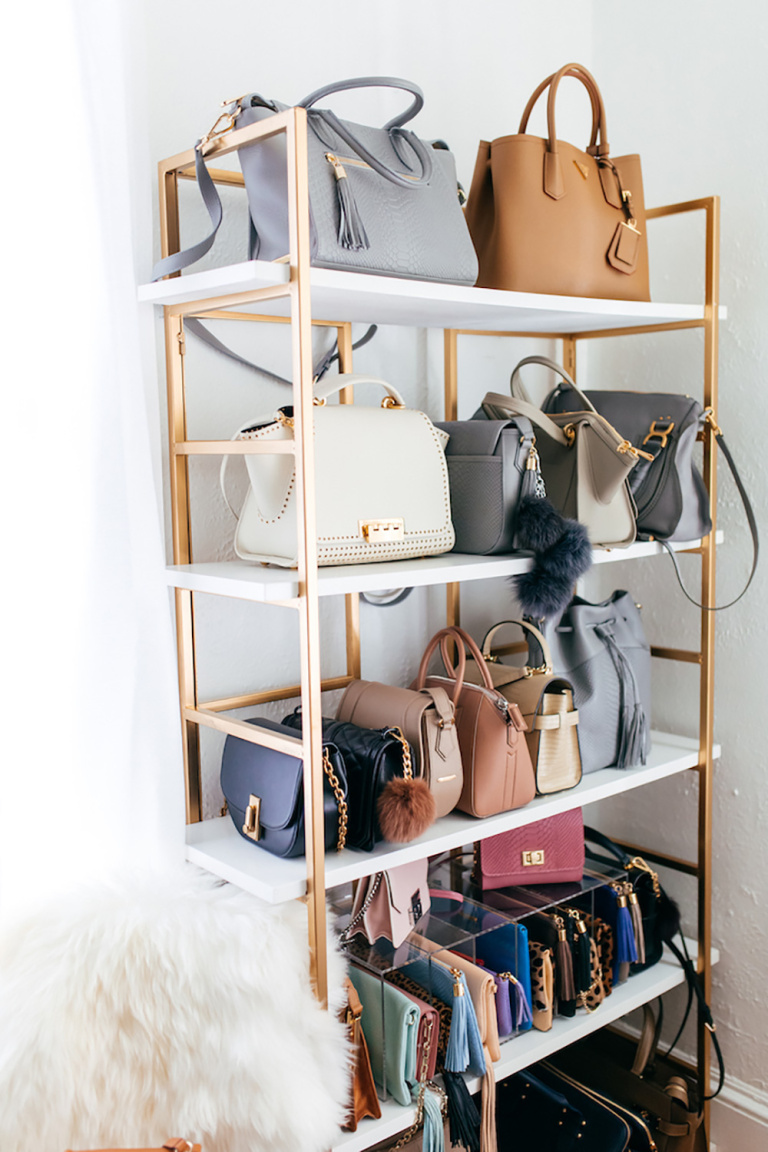 Decluttering your Closet | Ditch Duplicates