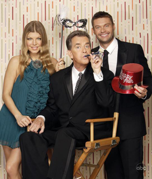 Fergie, Dick Clark and Ryan Seacrest ring in 2009