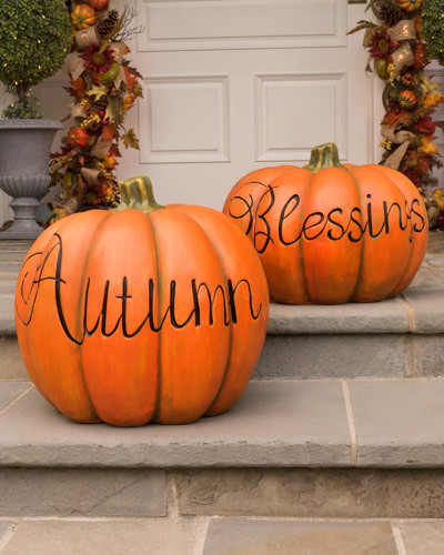 Fall outdoor decorative pumpkins