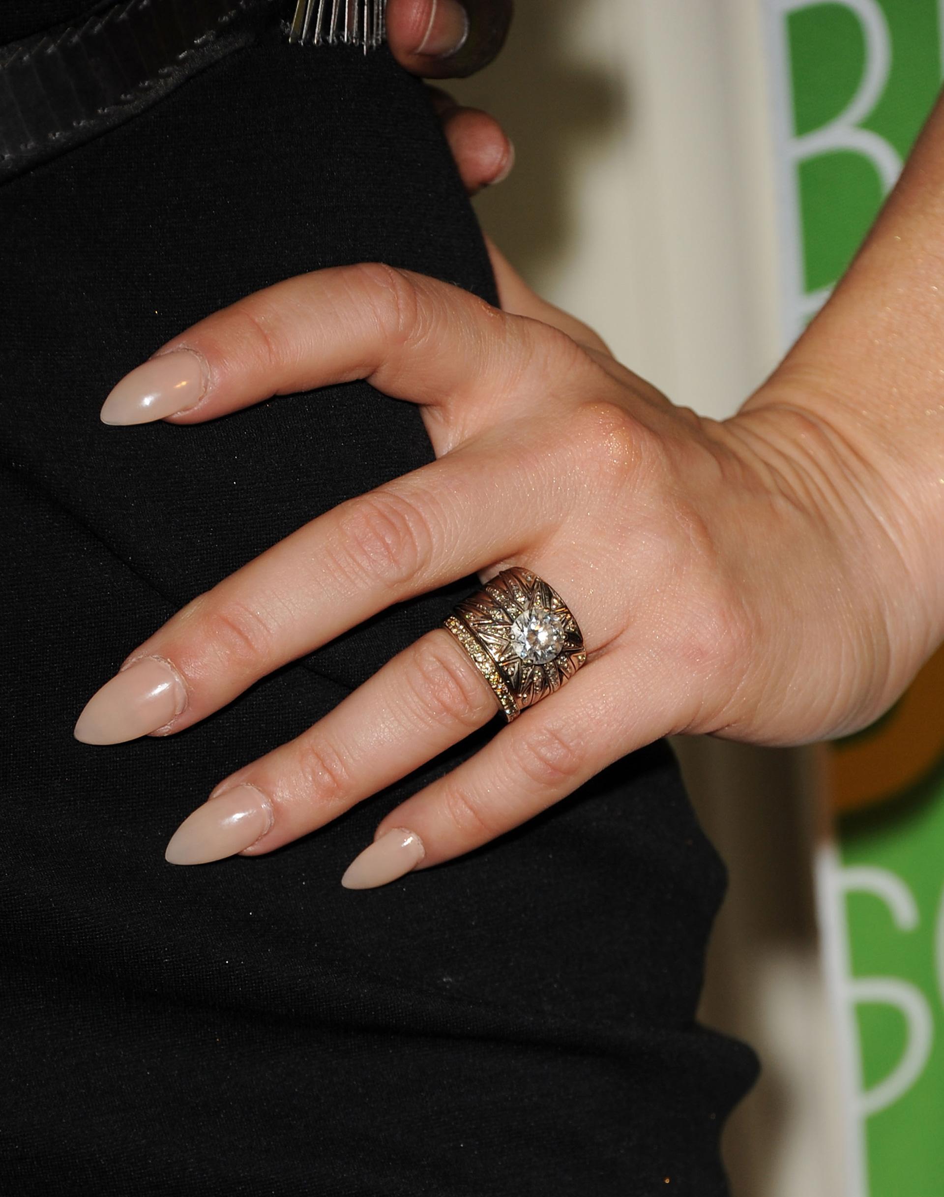 Fergie's stiletto nails