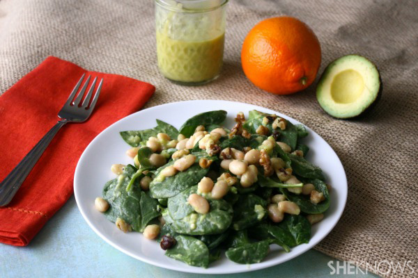 Spinach and white bean salad with creamy avocado dressing