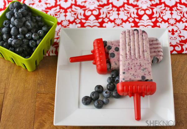 Gluten-free Goodie of the Week: Blueberry-yogurt pops