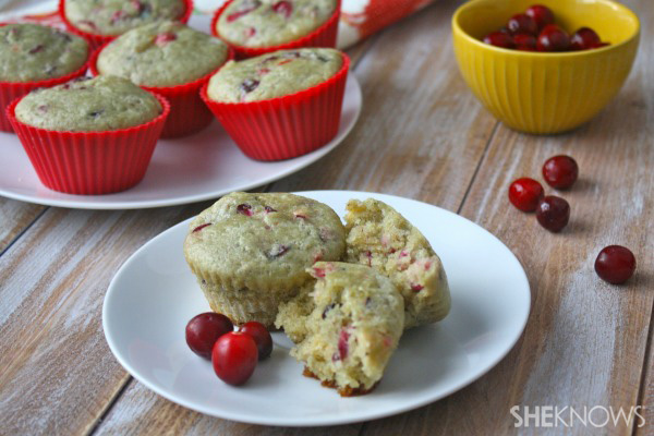 Gluten-free Goodie of the Week: Fresh cranberry-orange muffins