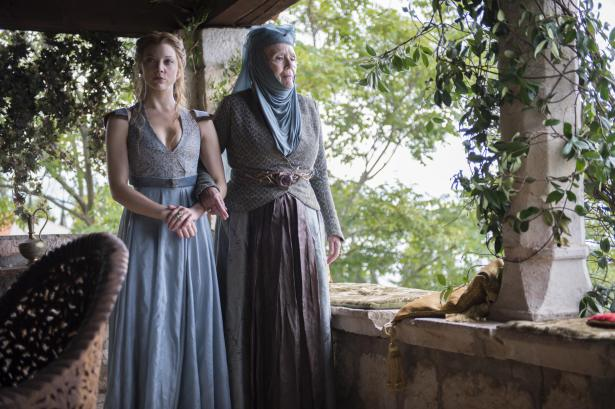 Margaery and Olenna stroll in the garden on Game of Thrones
