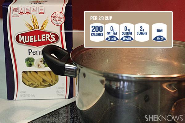 Garlic chicken pasta with arugula   Sheknows.com - boil pasta