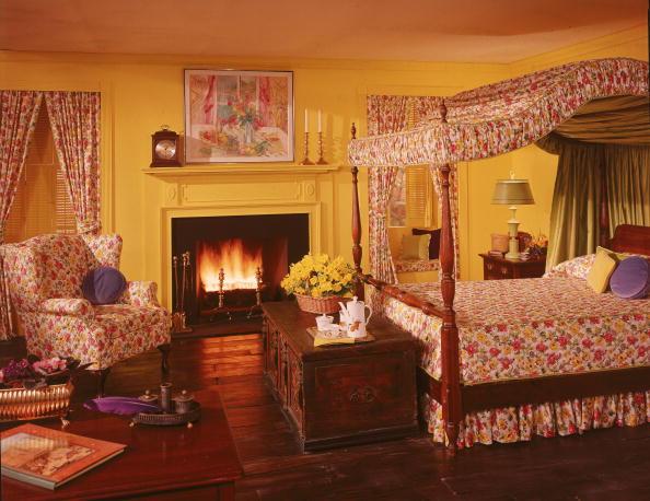 1980s bedroom