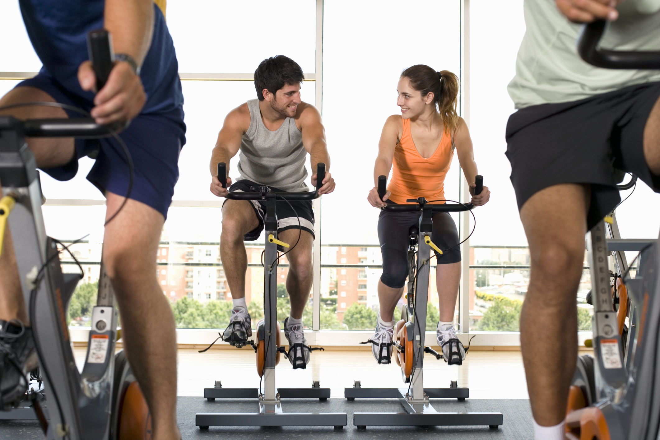 couple at cycling class