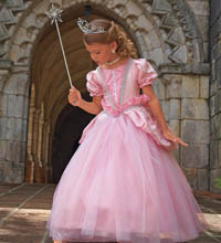 2738991d9d2f 8 Magical Halloween costumes for girls – SheKnows