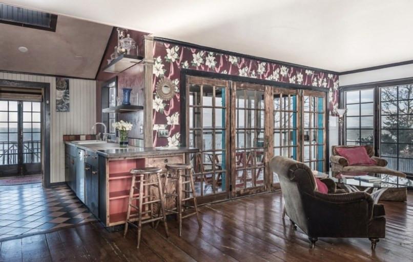 Jemima Kirke Girls East Hampton House For Sale | Living Room