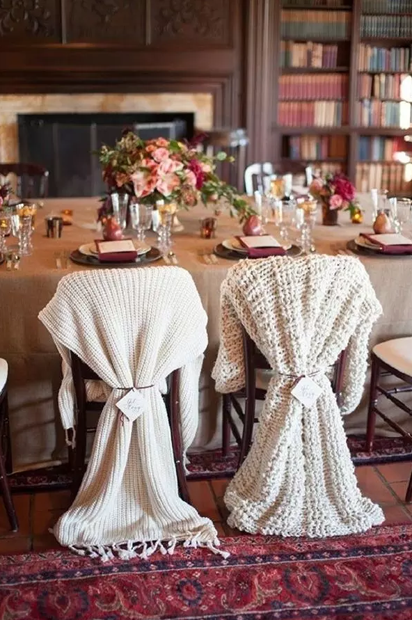 Amazing Winter Wedding Pro Tips | Give Out Cozy Party Favors