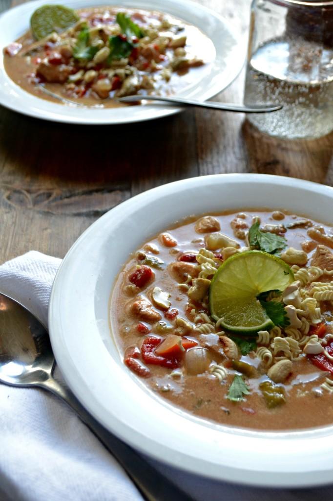 thai chicken cashew soup