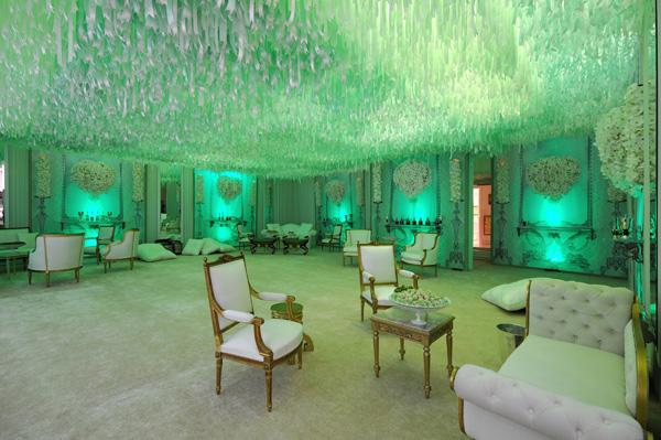 Green bridal suite
