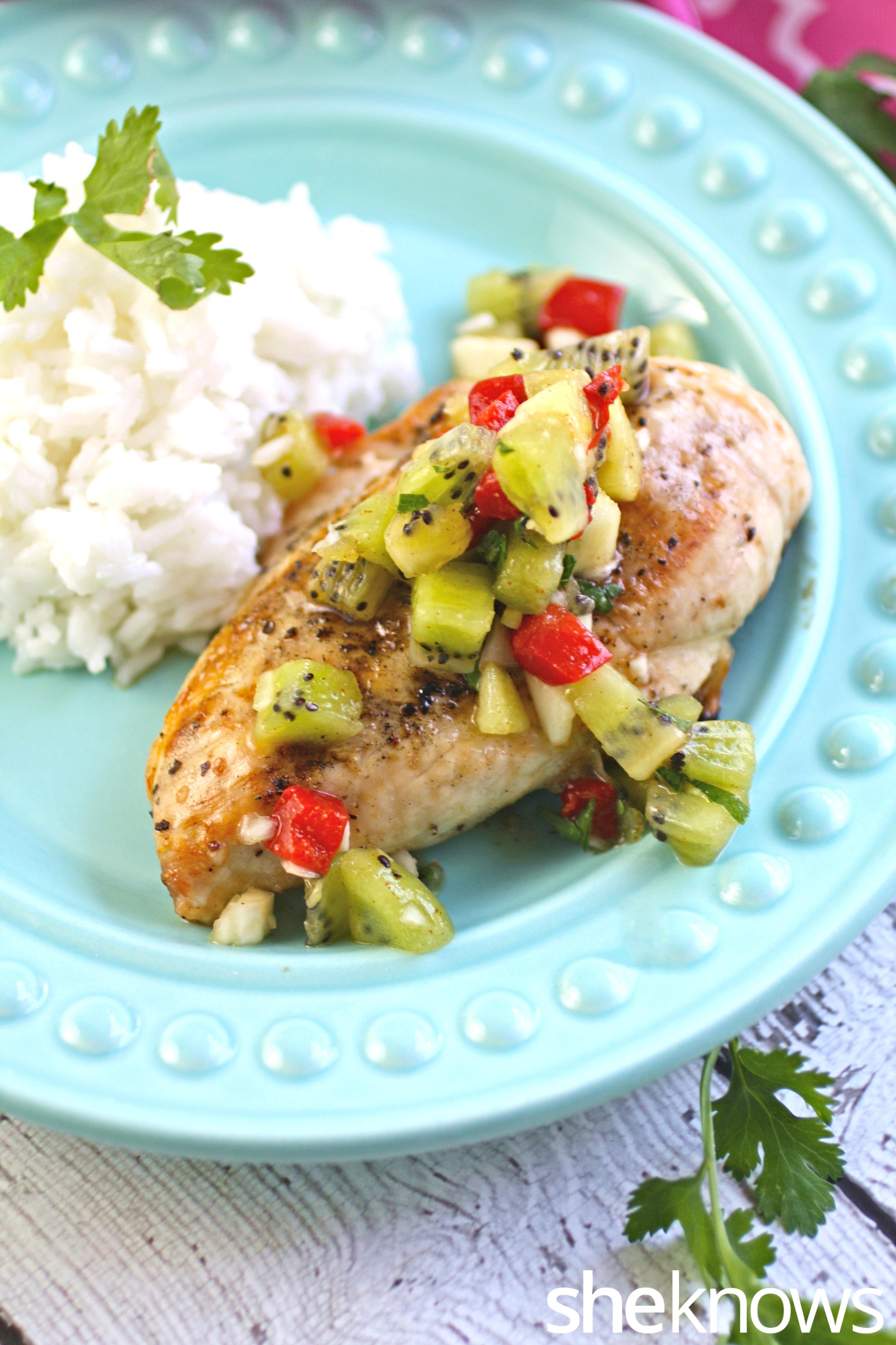 Grilled-chicken-fresh-kiwi-salsa-coconut-rice