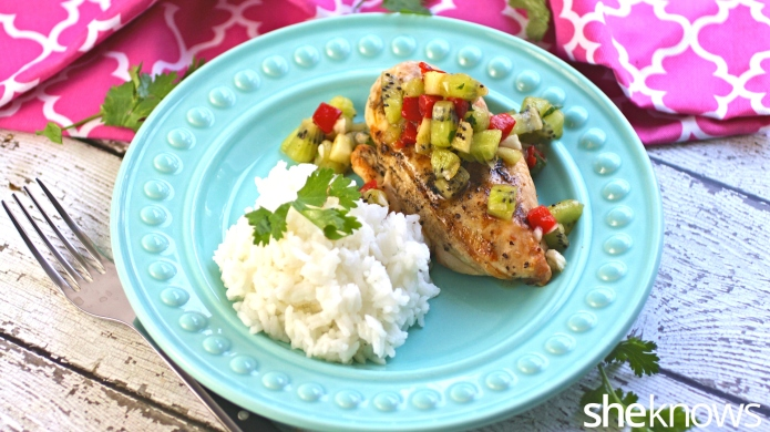 Grilled chicken with kiwi salsa and