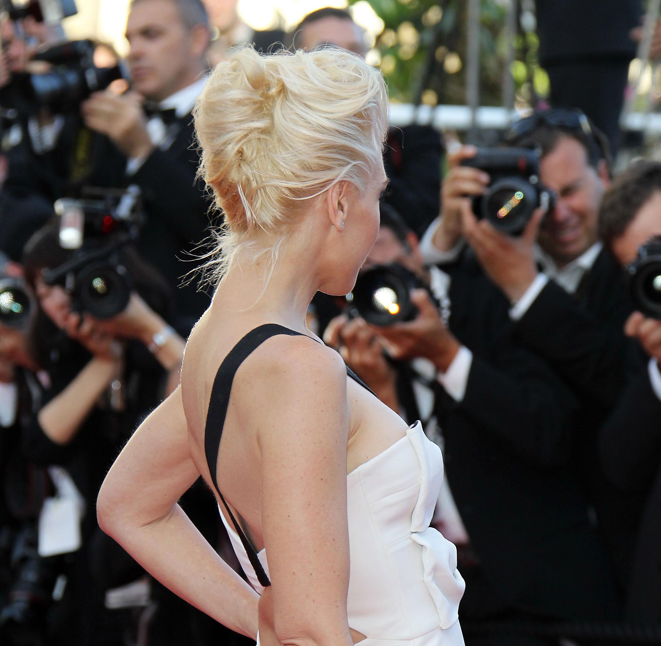 Gwen Stefani French twist