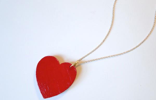 Simple heart pendant