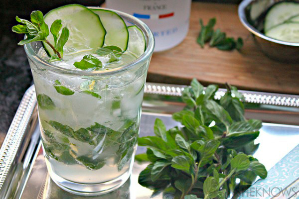 Cucumber mint vodka fizz